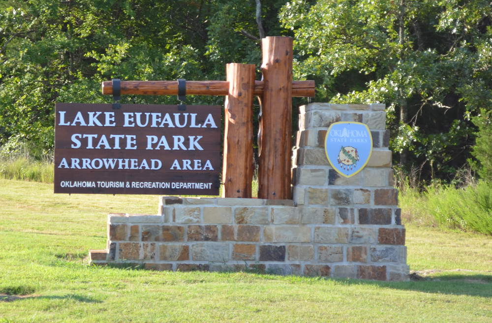 State parks in oklahoma with rv hookups sign